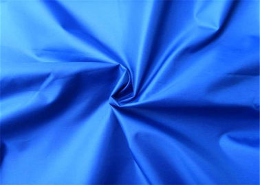 China Blue Polyester Woven Fabric 190T Yarn Count Taffeta Comfortable Hand Feel supplier