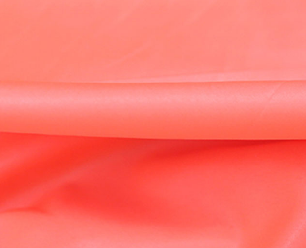 Bright Appearance White Taffeta Fabric , 190t Polyester Taffeta For Liner Material