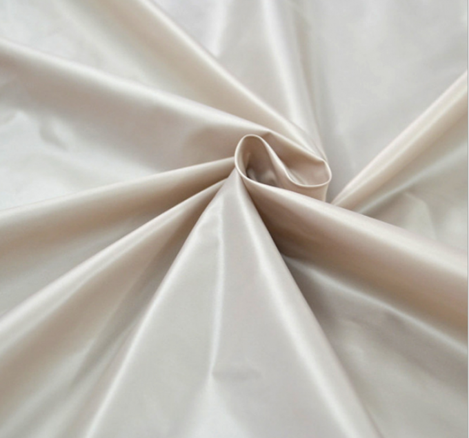 100% Polyester Taffeta Fabric 420T 20 * 20D Anti - Static For Lingerie