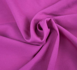 Poly Peach Yarn Dyed Fabric 75D * 75D Yarn Count Skin - Friendly